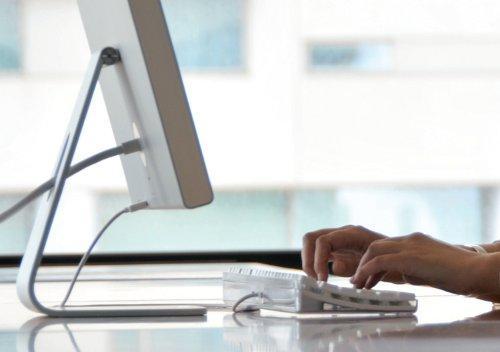 Los extremeños podrán relacionarse con las administraciones vía telemática a partir de enero
