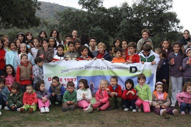 Unos 150 niños del Ambroz participan en una jornada de deporte y naturaleza dentro del Otoño Mágico 09