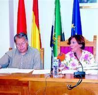 Carlos Lomo defiende la legalidad de la licencia de primera ocupación de la casa de la alcaldesa de Moraleja
