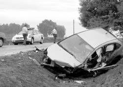 Dos personas resultan heridas de gravedad en un accidente de tráfico ocurrido ayer en Rena