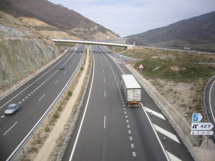 El 18 de diciembre se abrirá al tráfico rodado el último tramo de la A-58 entre Santa Marta y Cáceres