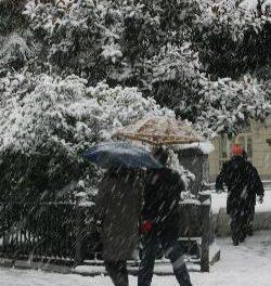 Un temporal de frío siberiano con nieve afecta a la península ibérica y se prolongará hasta el martes