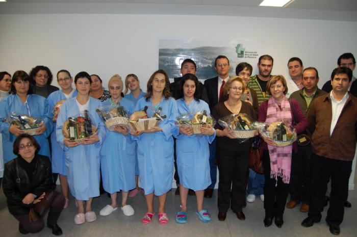 Gata-Hurdes entrega cestas de Navidad con productos naturales a niños nacidos en Plasencia esta semana