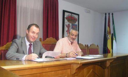 Calzadilla confía que en 2010 se inicie la obra civil de la futura planta de biomasa que se instalará en la dehesa