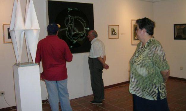 El Museo Pérez Comendador acoge hasta diciembre una muestra sobre el escultor y pintor Ángel Duarte