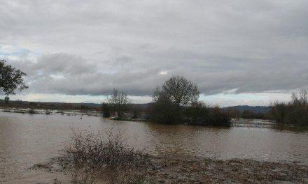 El 112 de Extremadura amplia la alerta meteorológica por lluvias y tormentas