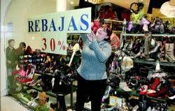 La Unión de Consumidores de Extremadura recomienda planificar las compras en el periodo de rebajas