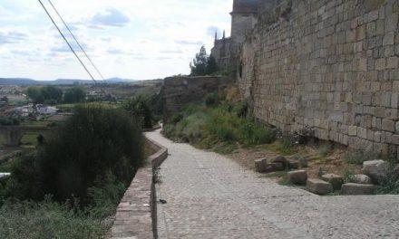 Fomento y la Junta restaurarán varias tramos y torres del lienzo occidental de la muralla de Coria