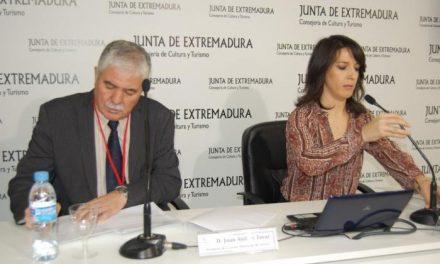 La Diputación de Cáceres presenta en Fitur la opción de recibir información turística a través de SMS