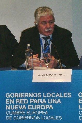 Tovar presenta el modelo territorial extremeño en la cumbre europea de los gobiernos locales