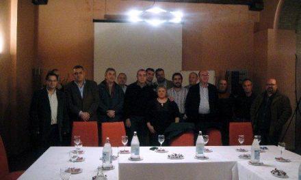 Ferreira se reúne en Hervás con los alcaldes, secretarios y portavoces del PSOE del Valle del Ambroz