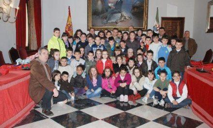 Alumnos del Colegio Público Batalla de Pavía de Torrejoncillo visitan la Diputación de Cáceres