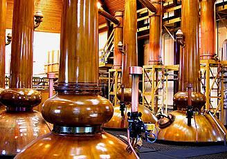 UPA-UCE valora la destilación extraordinaria para el vino aprobada por Medio Ambiente
