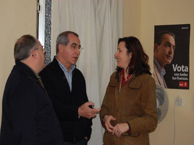 Ferreira insta a los socialistas de Plasencia a «mantener lo construido» ante la nueva etapa que se avecina