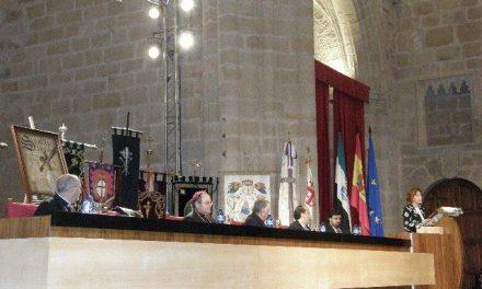 Cáceres da el pistoletazo de salida a la Semana Santa de la ciudad con la celebración del tradicional pregón