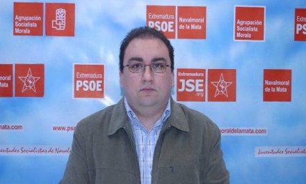 El PSOE local de Navalmoral recurre el nombramiento de tres funcionarios interinos como conserje-ordenanza
