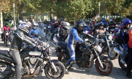 1.500 personas ruedan 'Juntos por Haití' en la mayor concentración motera de la historia de Extremadura