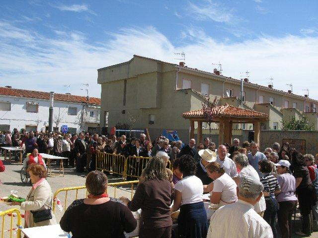 La matanza tradicional del Barrio del Humilladero de Moraleja congrega a decenas de personas