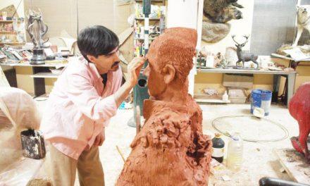 El escultor cacereño Víctor Campón inaugurará el 23 de abril en Cáceres su exposición itinerante