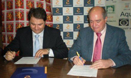 La entidad Caja Almendralejo patrocinará el portal web de la asociación empresarial de Coria y comarca Asecoc