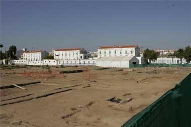 El Ayuntamiento de Mérida anula el acuerdo que canceló el contrato del antiguo cuartel Hernán Cortés