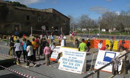 """Unos 150 niños de Moraleja participan durante tres días en las actividades de """"Deporte en la Calle"""""""