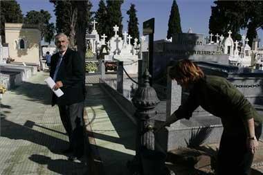 El cementerio de Mérida dispone de un nuevo bloque de 228 nichos en el que se han invertido 105.000 euros