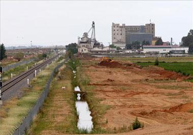 El Tren de Alta Velocidad AVE tendrá un acceso directo a la Plataforma Logística de Badajoz