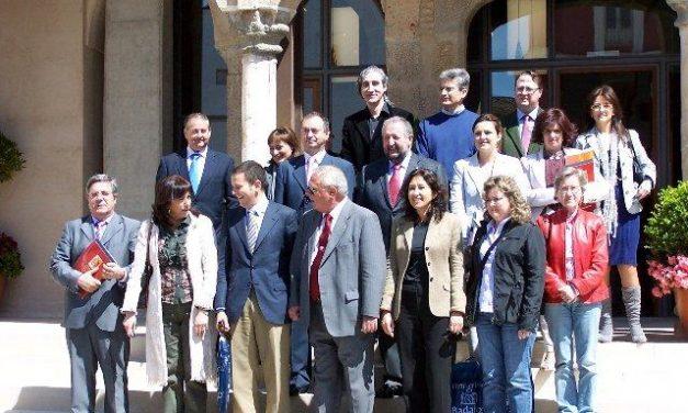 Coria participa en la Asamblea General de la Red de Ciudades Catedralicias celebrada en Badajoz