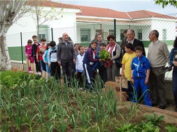 Educación se compromete a estudiar la agrupación en un mismo edificio del IES número 1 de Castuera