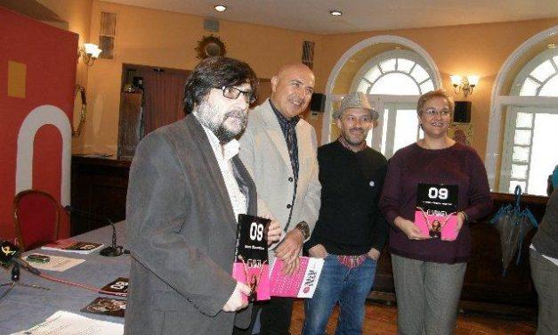"""El Consorcio Cáceres 2016 apoya la presentación del libro de fotografía """"Cuando Cáceres hace Pop 09"""""""