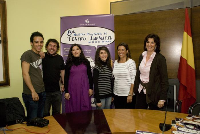 La VIII Muestra Provincial de Teatro Infantil de la Diputación llega con 10 grupos a Cáceres y Plasencia