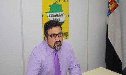 Extremadura Unida pregunta al Gobierno regional por el tendido ferroviario y por el aeropuerto de Cáceres