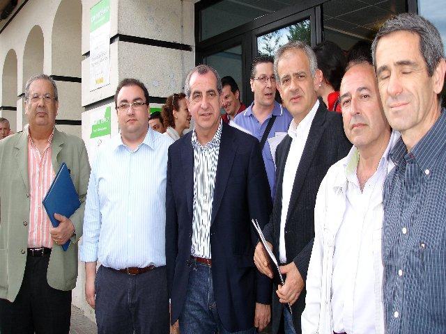 Ferreira subraya en Navalmoral que el pacto social y político marca el futuro de Extremadura