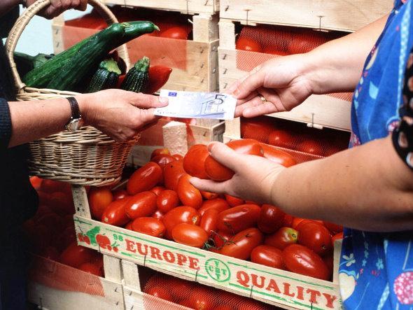 CCOO de Extremadura afirma que los ajustes del Gobierno son más críticos ante el aumento de precios