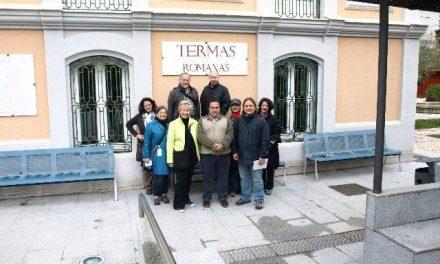 Un grupo de periodistas canadienses visitan Baños de Montemayor en un viaje por la Ruta de la Plata