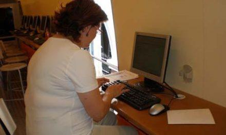 Nueve alumnos recibirán formación en Hervás sobre la búsqueda de empleo a través de internet