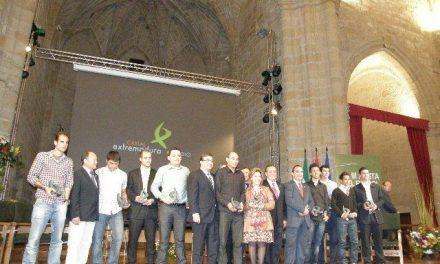 El Consorcio Cáceres 2016 participa en la entrega de premios de la III Fiesta del Fútbol Extremeño