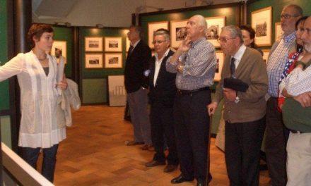 La muestra «Al hilo de la plata» podrá visitarse hasta el 17 de junio en la casa de cultura de Moraleja