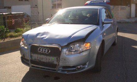 Un accidente de tráfico en el casco urbano de Moraleja se salda con daños materiales en los coches involucrados