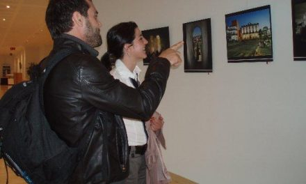"""Veinte fotógrafos extremeños participan en la exposición titulada """"Cáceres: reflejo del espíritu de Europa"""""""