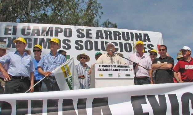 Los agricultores y ganaderos demandan en Mérida una PAC fuerte para 2014 y unos precios justos