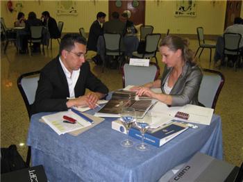 Importadores de varios países muestran su interés por el sector del mueble y la madera de Extremadura