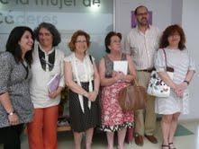 Un estudio sociológico analiza el trabajo de la mujer dentro y fuera del hogar en la ciudad de Cáceres