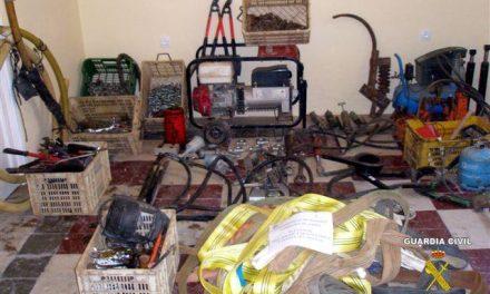 La Guardia Civil detiene al autor del robo en cuatro naves agrícolas e industriales del municipio de Feria