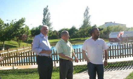 Tovar visita las obras que la Diputación de Cáceres está llevando a cabo en Santibáñez el Bajo