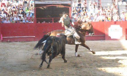 El público de Moraleja sale decepcionado de la primera corrida de rejones de San Buenaventura