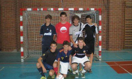 El Trío Sacapuntas se hace con el torneo de fútbol sala sub-16 de Hervás en el que participaron 11 conjuntos