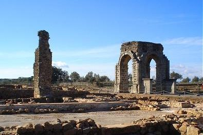 Cultura y Turismo realizará actuaciones en la calzada romana a su paso por Cáparra