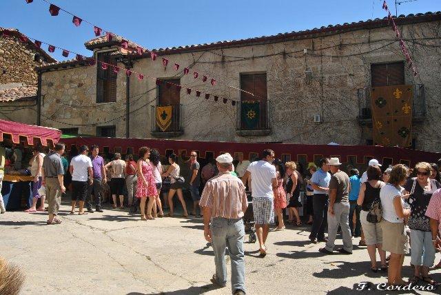 Finaliza con éxito de público y expositores el IV Mercado Medieval de Cilleros celebrado este domingo